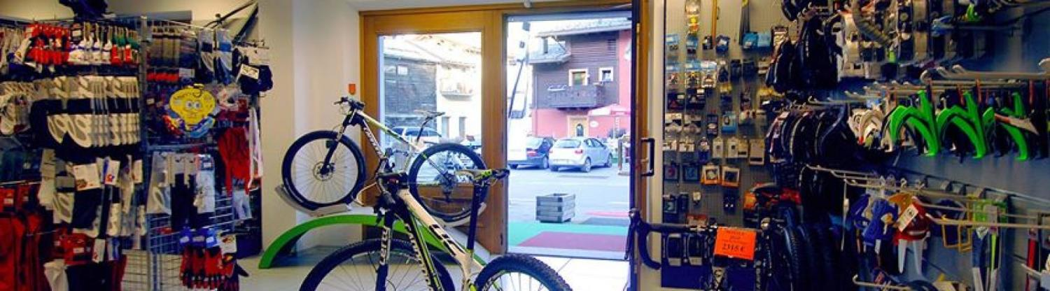 https://www.livignok.eu/Foto/Negozi/49/the bike store livigno 2.jpg