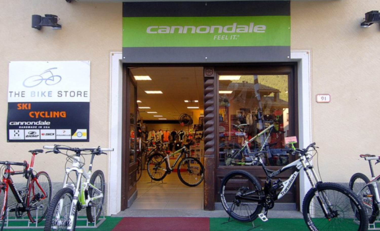 https://www.livignok.eu/Foto/Negozi/49/the bike store livigno.png